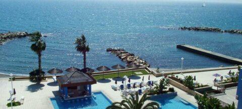 Кипр - побережье отеля