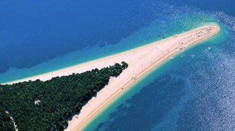Отдых на островах Хорватии - пляж Золотой Рог