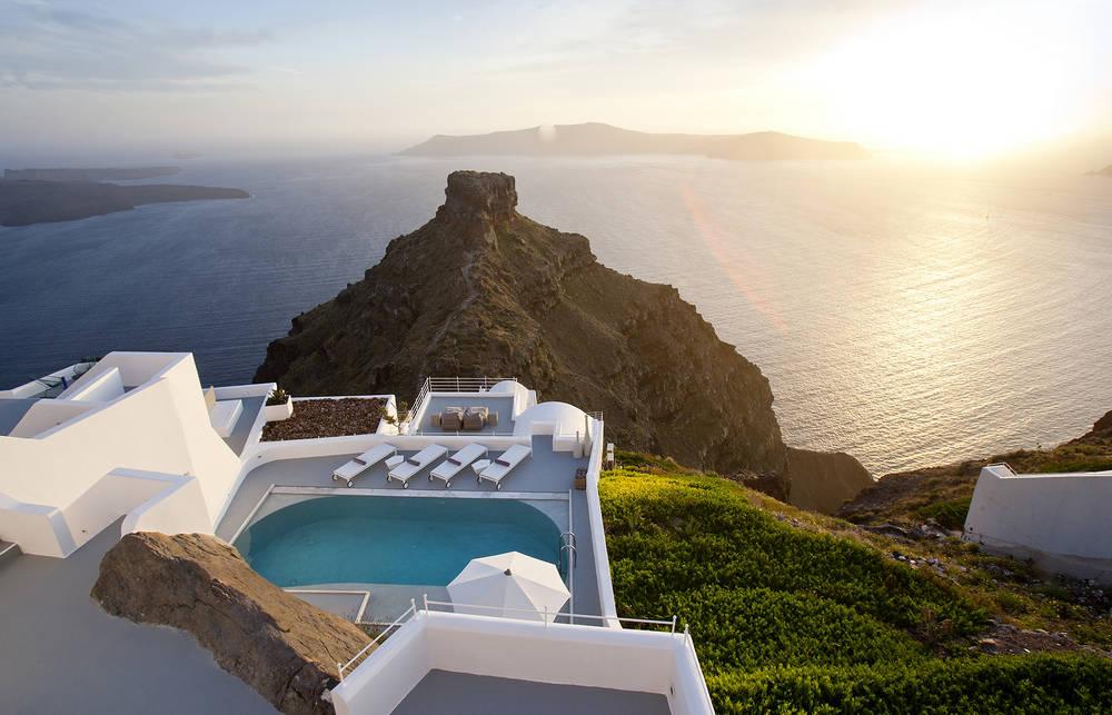 Отдых на острове Санторини-отель Luxury Hotels TravelPlusStyle