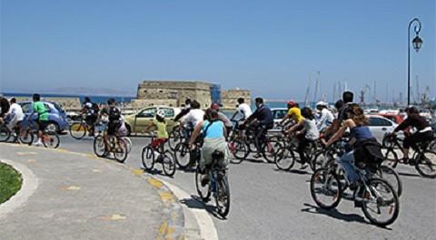Отдых на острове Крит, очень популярен велосипед