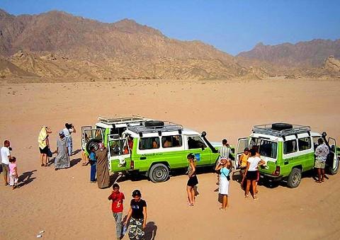 Отдых в Эйлате - путешествие в пустыню на джипах